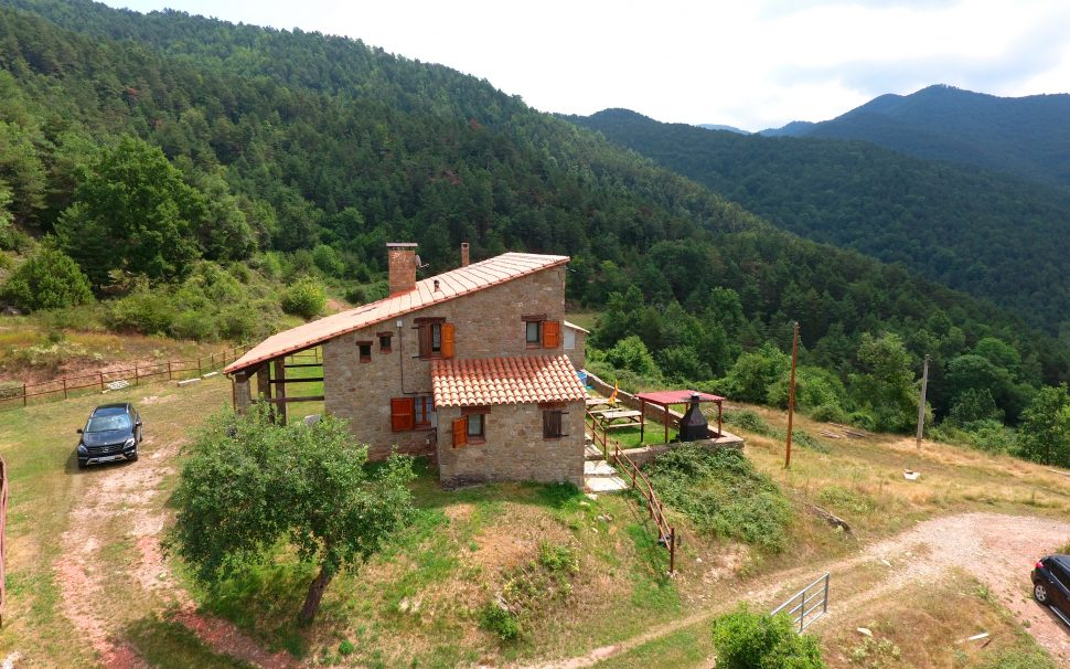 Finca rústica amb masia a Ripoll (Girona)