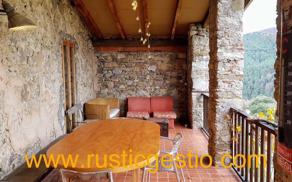 Finca rústica amb masia a La Vall del Bac (Garrotxa)