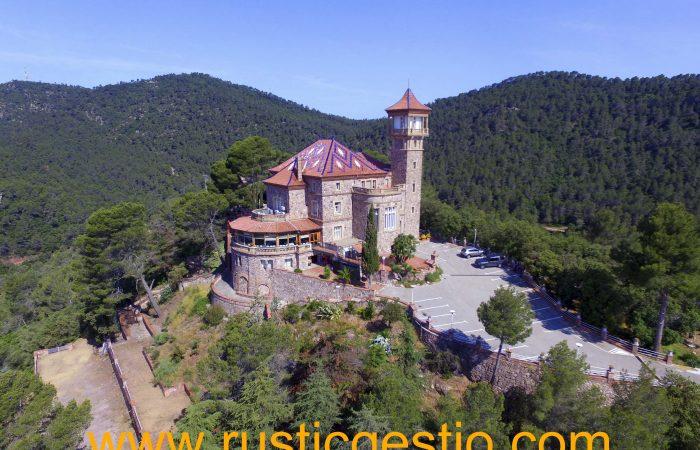 Finca rústica con gran torre en Viladecavalls (Vallès Occidental)